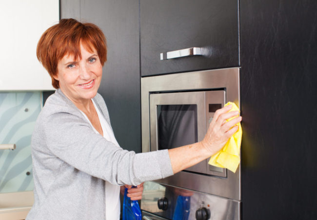 Microwave Cleaning Guide – 2 Methods, 1 Fantastic Result!
