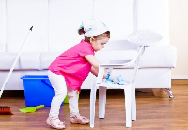Important Do's and Don'ts when Cleaning with Kids