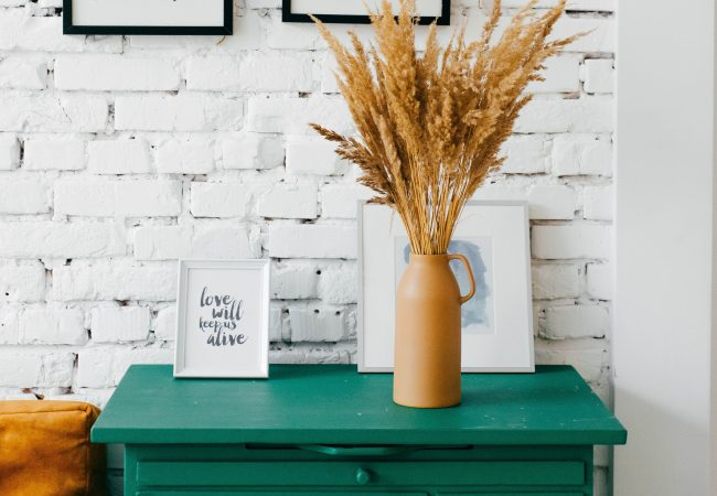DIY Painting – How to Make Drab Wooden Furniture Look Fab!