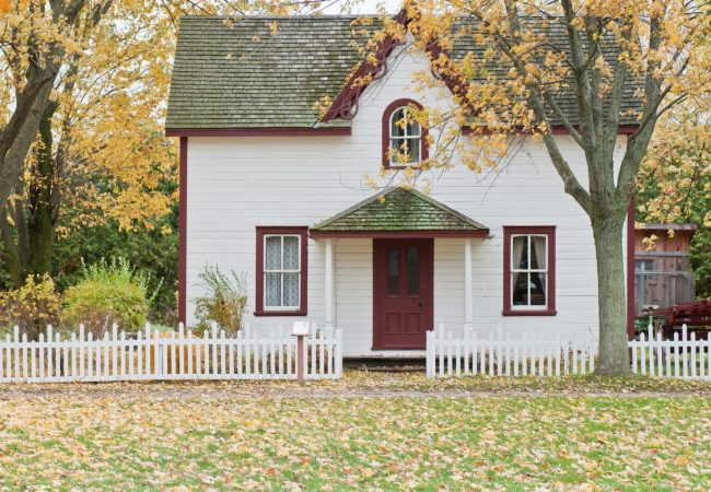 A Seasonal Home Maintenance Guide to Keep Your House in Check